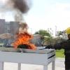 Incineración de la bandera nacional por deterioro.